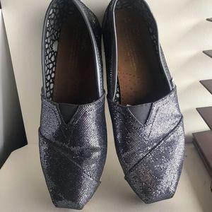 Super cute gray glitter Toms slip on shoes!